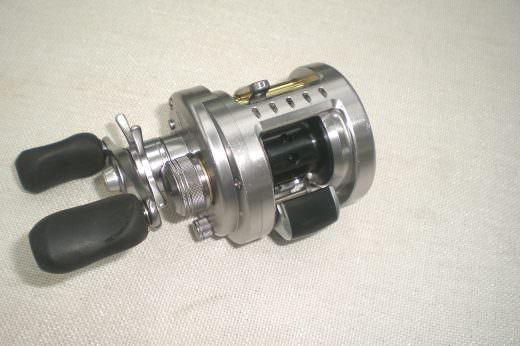 シマノ 10カルカッタコンクエスト101DC