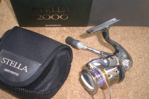 (未使用品)シマノ 07ステラ2000